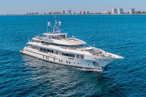 mega-yacht da crociera