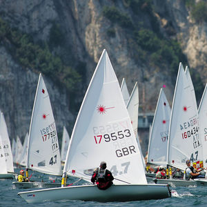 deriva singola / da regata / Optimist / Laser 4.7