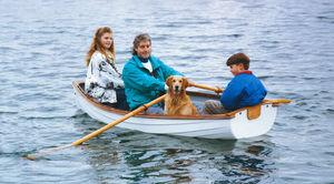 barca da canottaggio da turismo