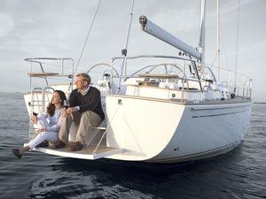 barca a vela da crociera / tradizionale / con deck saloon / con 2 o 3 cabine