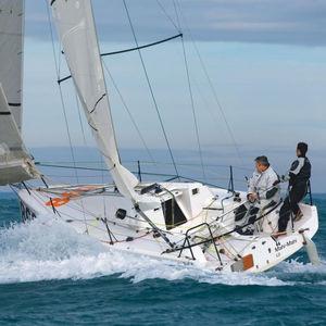 barca a vela mini / one-design / da regata d'altura / da regata costiera