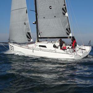 barca a vela da regata d'altura