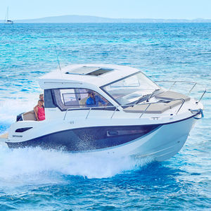 cabin-cruiser fuoribordo / hard-top / max. 9 persone