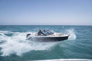 day cruiser fuoribordo / bow-rider / max. 6 persone
