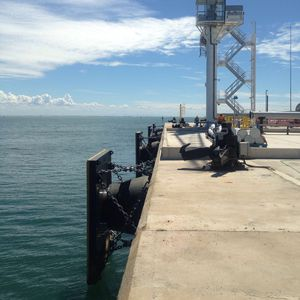 parabordi per porto / per banchina / conico