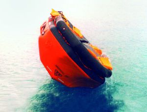 zattera di salvataggio per nave