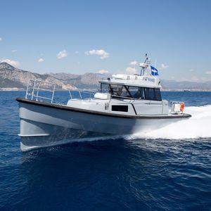 barca professionale patrol boat / entrobordo a idrogetto