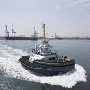 barca professionale rimorchiatore / entrobordo