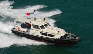 barca professionale barca per trasporto equipaggio / entrobordo a idrogetto / in alluminio