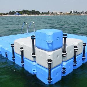 piattaforma per marina