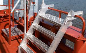 scaletta per nave / laterale / di imbarco / per specchio di poppa