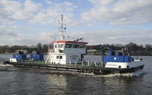 nave polivalente dragatore