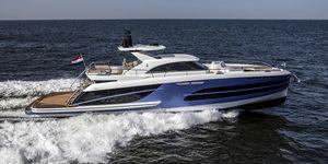 motor-yacht da crociera / hard-top / IPS / in alluminio