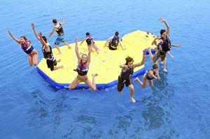 gioco acquatico isola