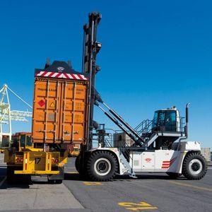carrello portacontainer pieni / spreader dall'alto