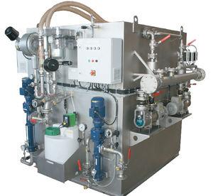 sistema di trattamento di acque reflue / per nave / a membrana / biologica