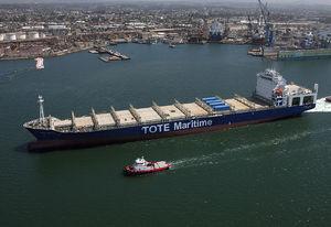 nave cargo portacontainer / post-panamax / super post-panamax