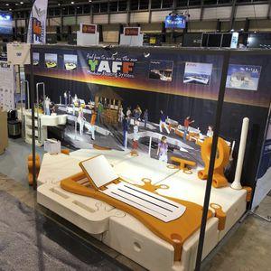 sedia a sdraio galleggiante / per yacht / regolabile / in plastica
