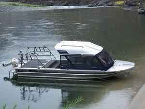 barca da pesca e diporto a idrogetto