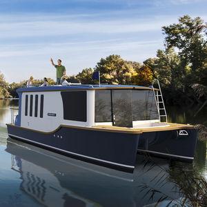cabin-cruiser fluviale