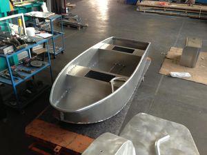 bay boat fuoribordo / da pesca sportiva / in alluminio
