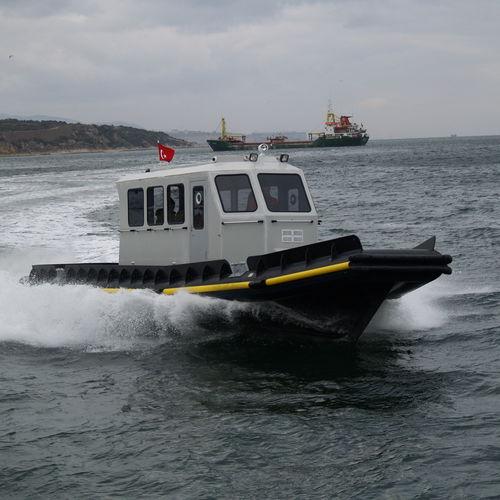 barca per acquacoltura