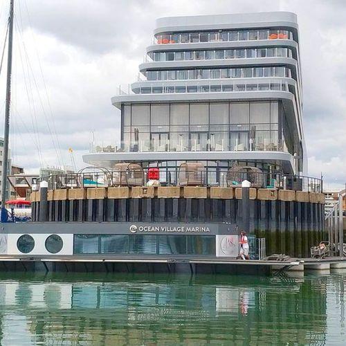 ufficio galleggiante