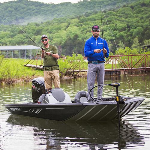 bass boat fuoribordo / con console laterale / da pesca sportiva / in alluminio