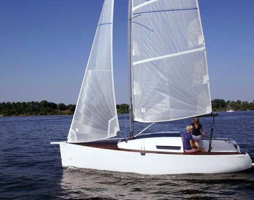 barca a vela daysailer