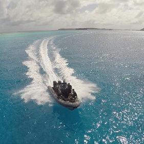 gommone fuoribordo / bimotore / con console centrale / tender per super-yacht