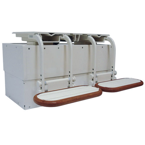supporto per sedile pilota per barca