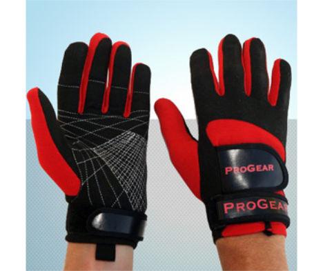 guanti per sport nautici
