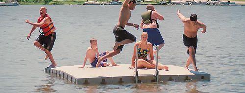 piattaforma per base turistica sportiva