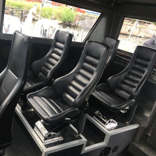 sedile pilota / per barca ad uso professionale / con schienale alto / regolabile