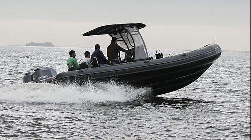 barca professionale patrol boat / barca di supporto per immersioni / fuoribordo / gommone semirigido