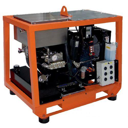 pulitore ad alta pressione per cantiere navale / per nave / montato su chassis / motore diesel