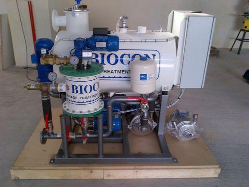 sistema di trattamento di acque reflue / per nave