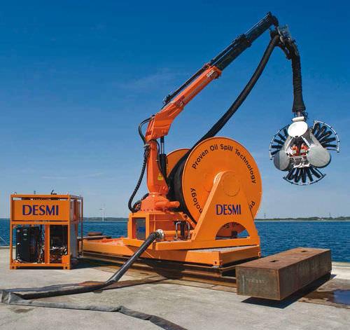 sistema di messa a mare e recupero per ROV