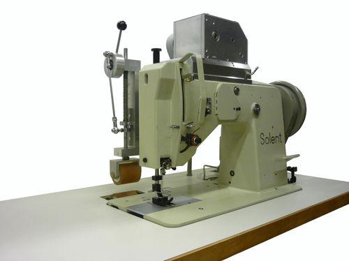 macchina da cucire per veleria
