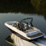 runabout entrobordo / con dual console / bow-rider / da pesca sportiva