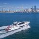 motor-yacht da crociera / hard-top / in linea d'asse / con 3 cabine