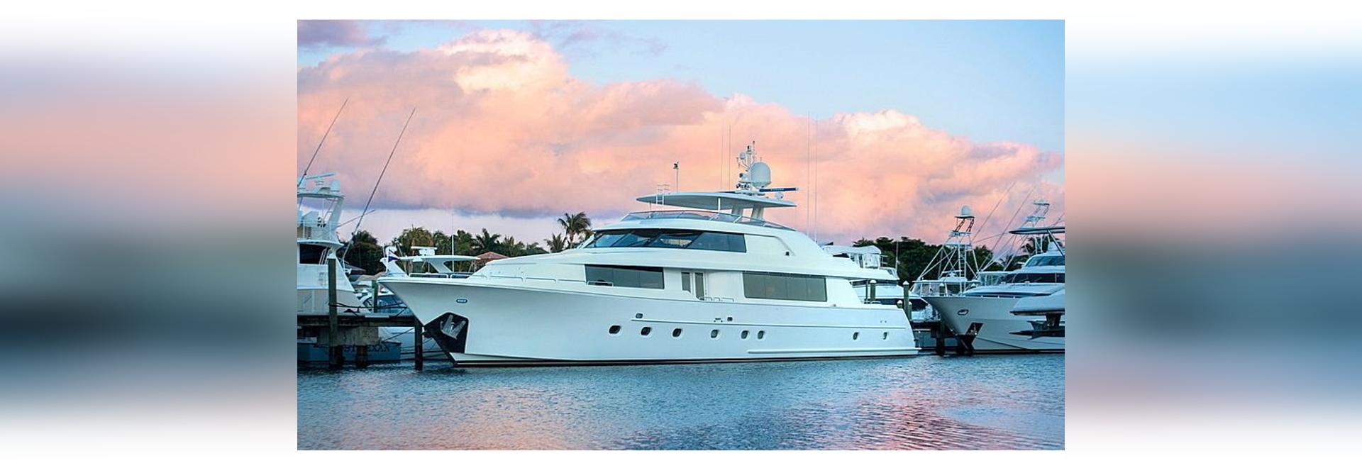 34m Westport yacht a motore Westport Wild Kingdom sul mercato