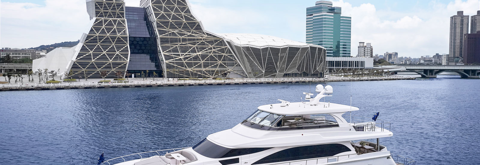 Horizon Yachts rivela il primo yacht 26m E81