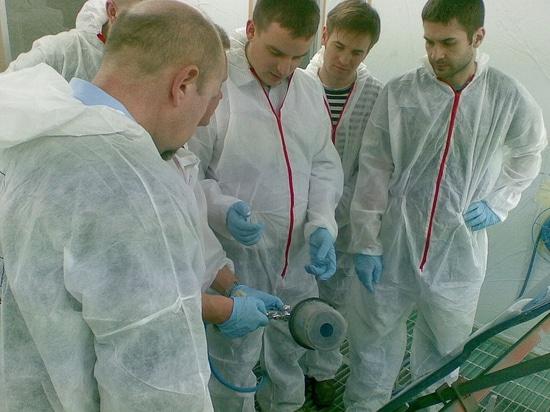La Mare-Linea vernicia gli addestramenti del laboratorio