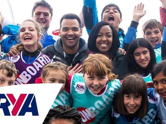 In arrivo - Divertimento sugli sport acquatici per i giovani al Portsmouth OnBoard Festival