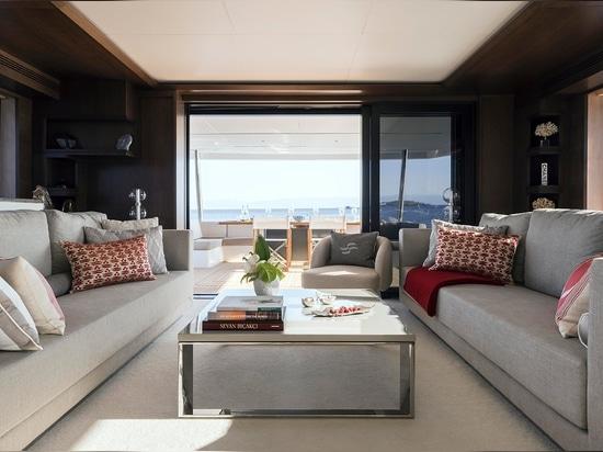 Sirena 88 Flagship debutta al Festival dello Yachting di Cannes