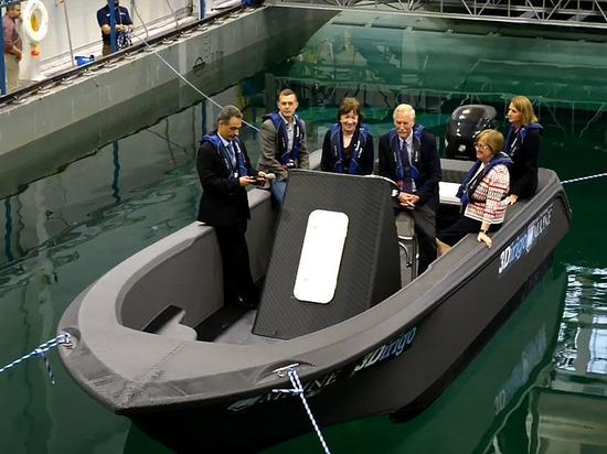 UMaine svela la più grande barca con stampa 3D del mondo