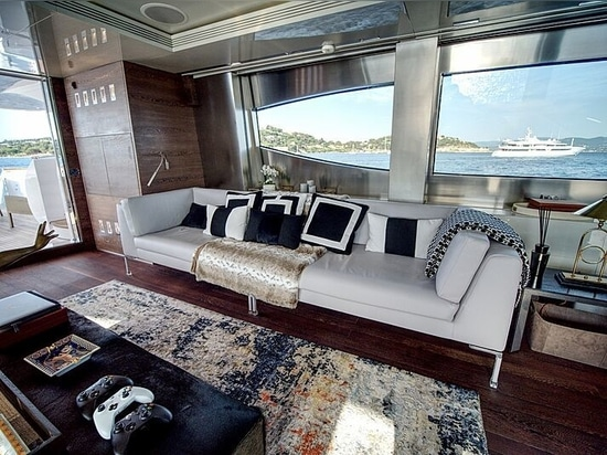 Barca a motore Maiora 40m M in vendita