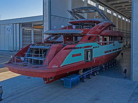 Inizia l'allestimento della prima ISA Gran Turismo 45 ad Ancona