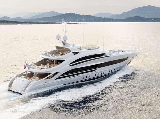 Heesen presenta il superyacht 50m Project Aura